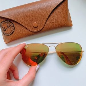 Ray Ban Aviators .. Case included